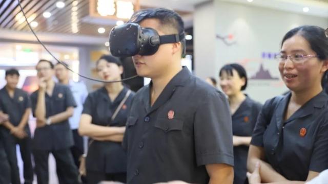 只因吸毒上路酿成车祸,VR告诉你毒驾的危害你无法想象